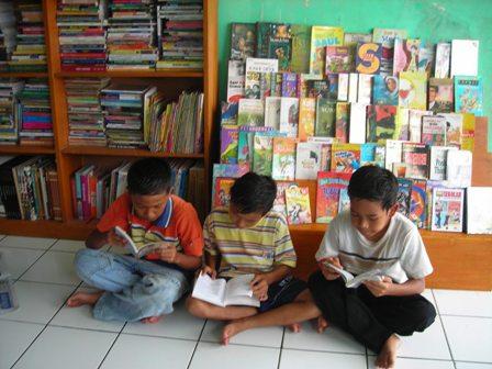 Menciptakan Budaya Membaca untuk Mengubah Dunia